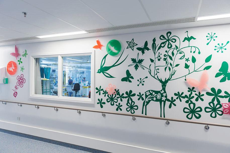 artisti-disegni-ospedale-pediatrico-bambini-londra-vital-arts-05