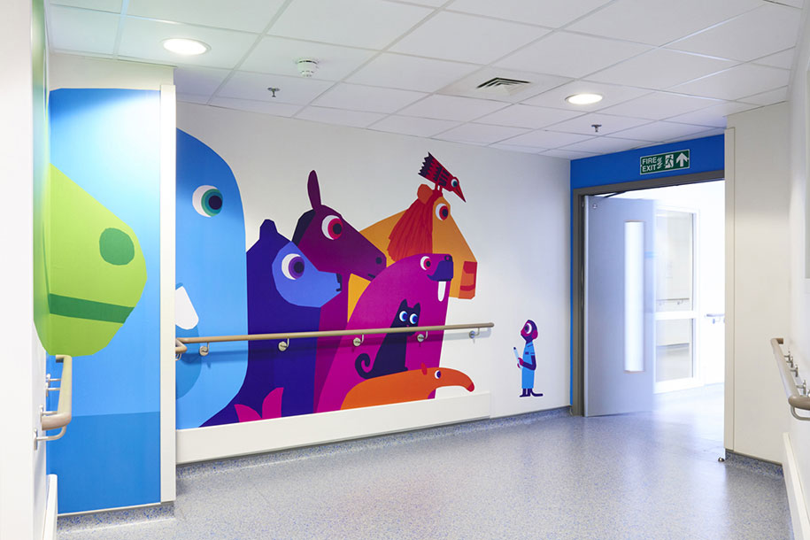 artisti-disegni-ospedale-pediatrico-bambini-londra-vital-arts-15