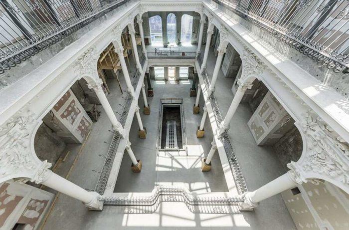 Nuova bellissima biblioteca apre i battenti in Romania