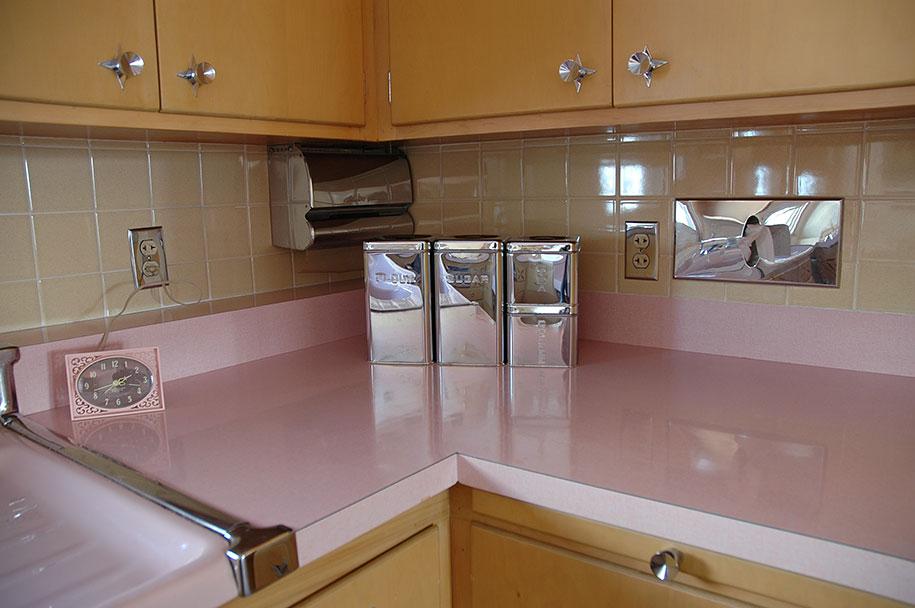 Questa cucina del 1956 non stata toccata per 50 anni - Cucina stile vintage ...