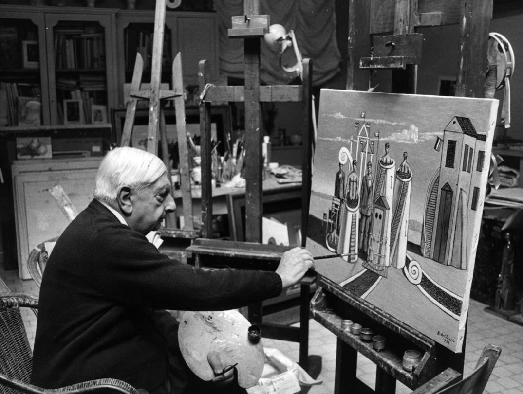 Foto Di Artisti Famosi Nei Loro Studi Giorgio de Chirico