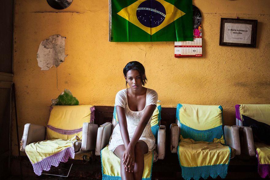 foto-donne-mondo-bellezza-mihaela-noroc-05