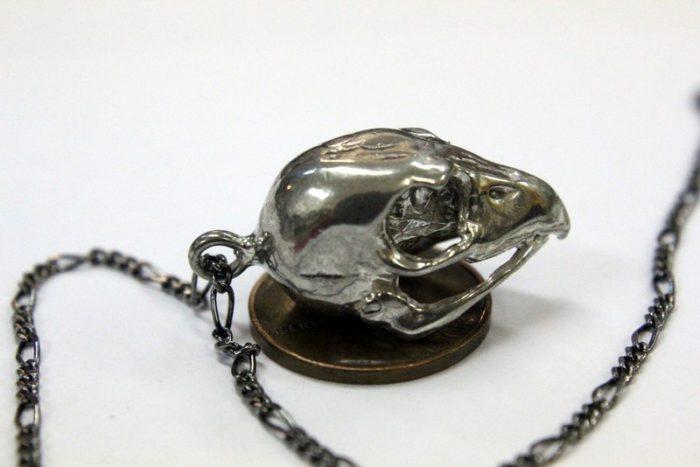 gioielli-ciondoli-teschi-animali-moon-raven-designs-04