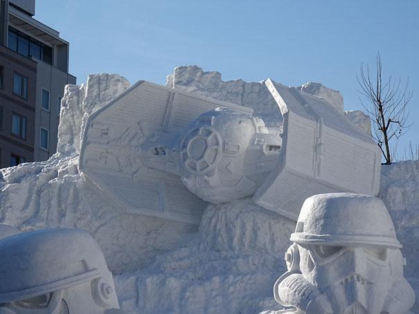 scultura-gigantesca-guerre-stellari-star-wars-neve-sapporo-festival-giappone-02