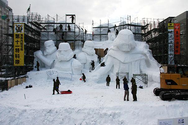 scultura-gigantesca-guerre-stellari-star-wars-neve-sapporo-festival-giappone-05