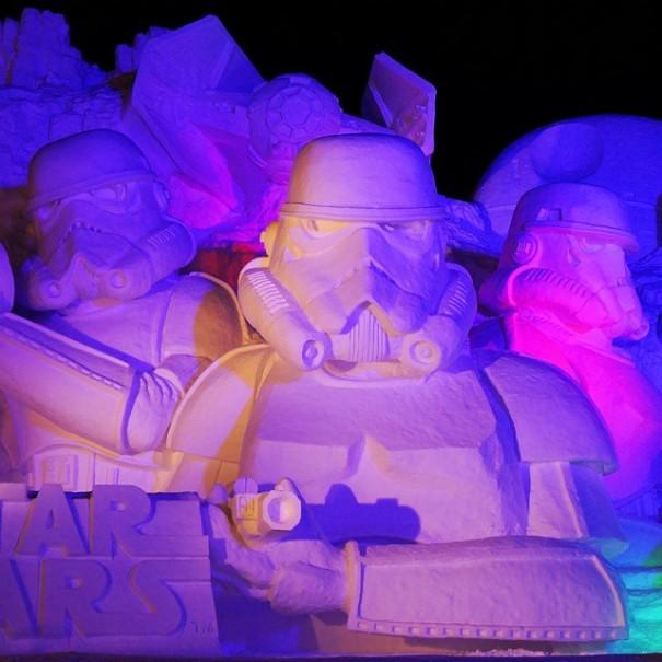 scultura-gigantesca-guerre-stellari-star-wars-neve-sapporo-festival-giappone-07