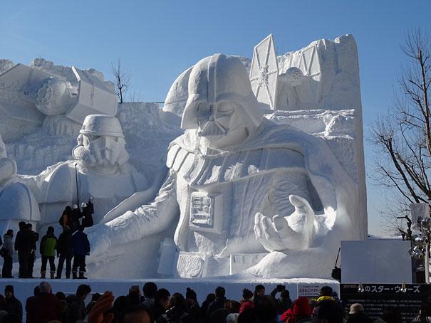 scultura-gigantesca-guerre-stellari-star-wars-neve-sapporo-festival-giappone-11