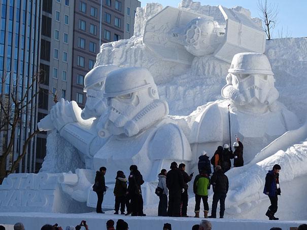 scultura-gigantesca-guerre-stellari-star-wars-neve-sapporo-festival-giappone-12