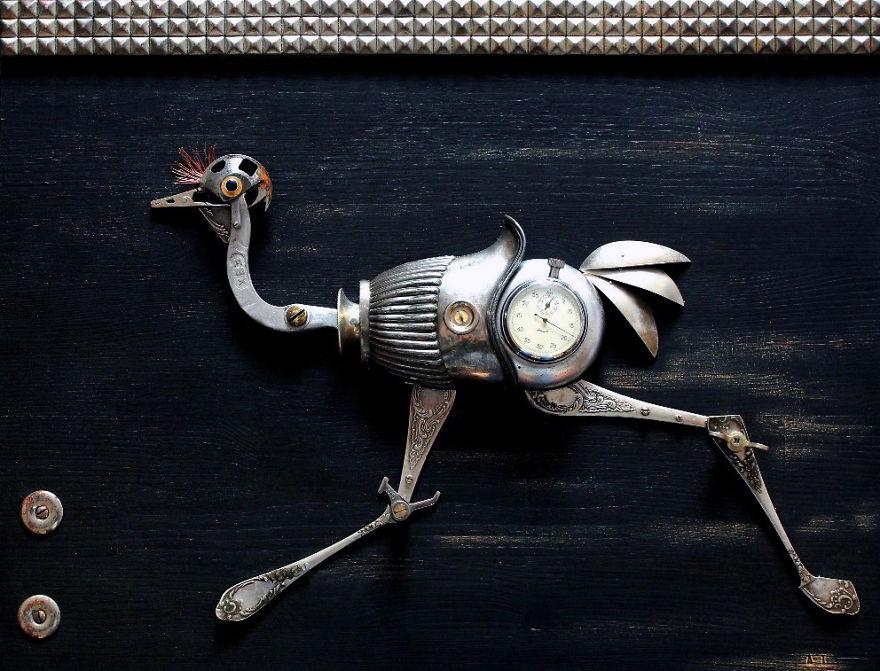 sculture-steampunk-parti-metallo-riciclato-Arturas-Tamasauskas-05