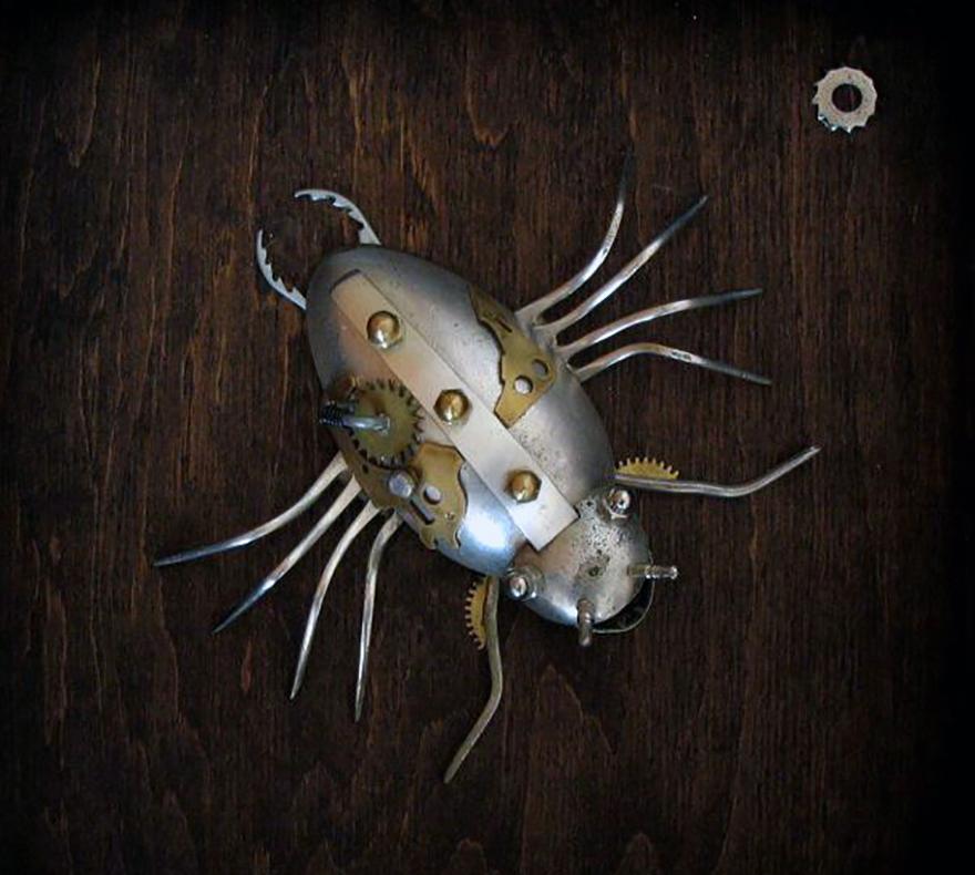 sculture-steampunk-parti-metallo-riciclato-Arturas-Tamasauskas-08