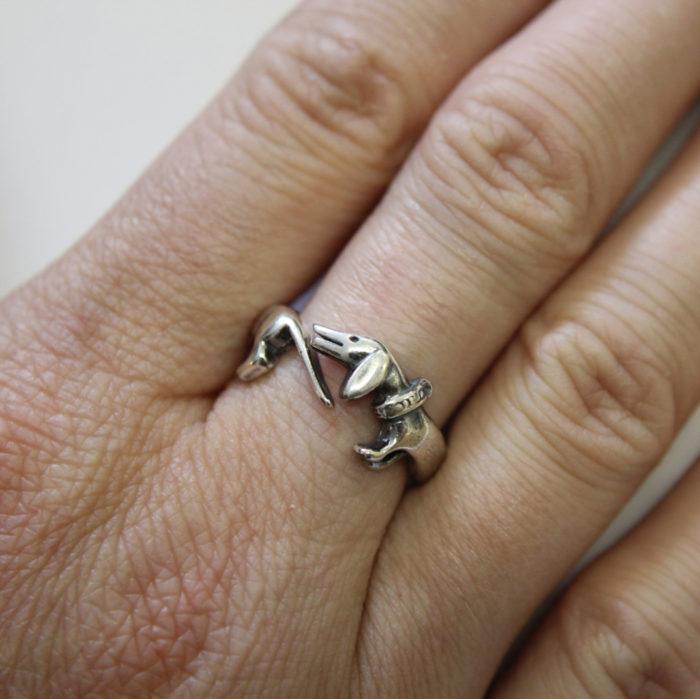 anelli-animali-avvolti-aggrappati-dita-04