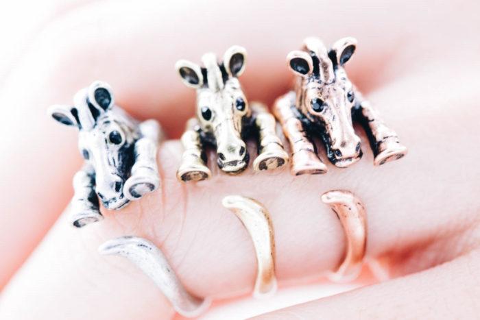 anelli-animali-avvolti-aggrappati-dita-15