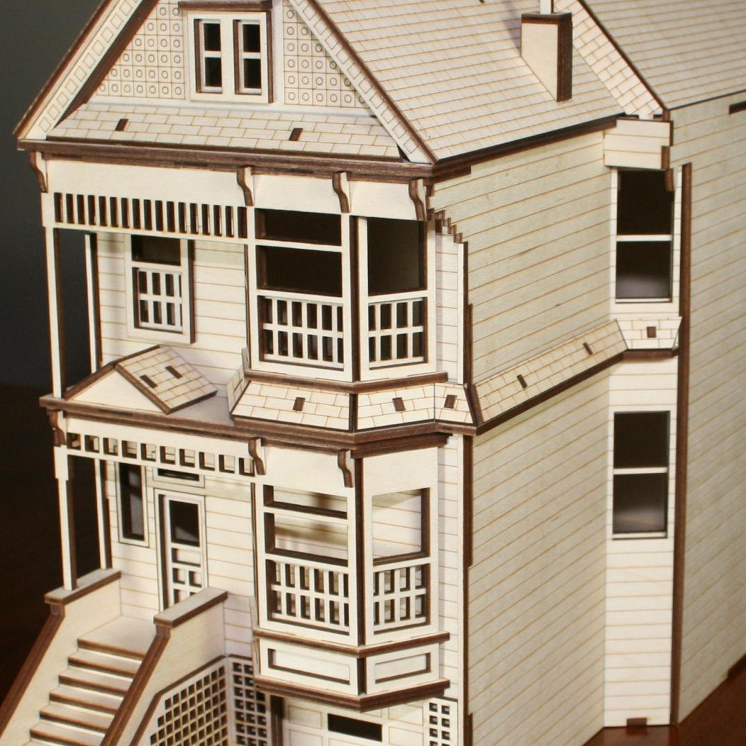 Antiche case vittoriane in legno per le bambole di for Case vittoriane aggiornate