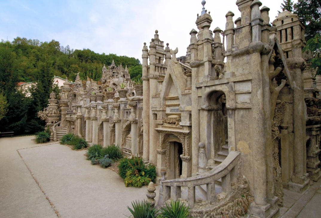 cattedrale-pietra-postino-Hauterives-francia-Ferdinand-Cheval-6
