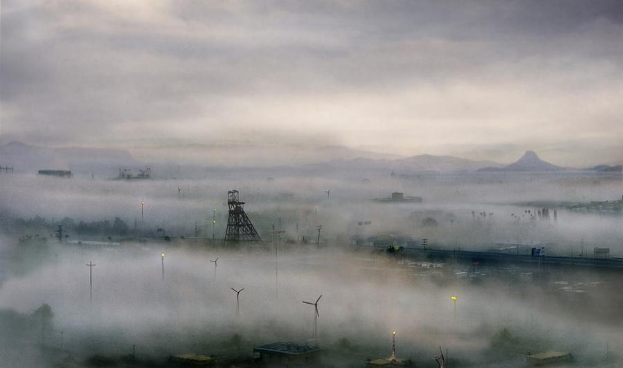 fotografia-surreale-terre-desolate-Suzanne-Moxhay-1