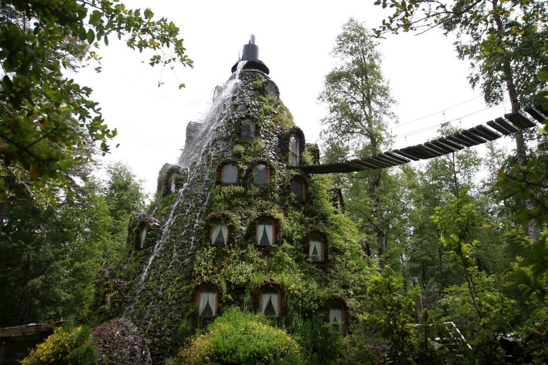 hotel-albergo-cile-cascata-acqua-magica-montagna-3