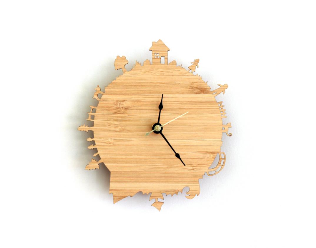 Un orologio da parete in legno per ogni citt del mondo - Orologi componibili da parete ...