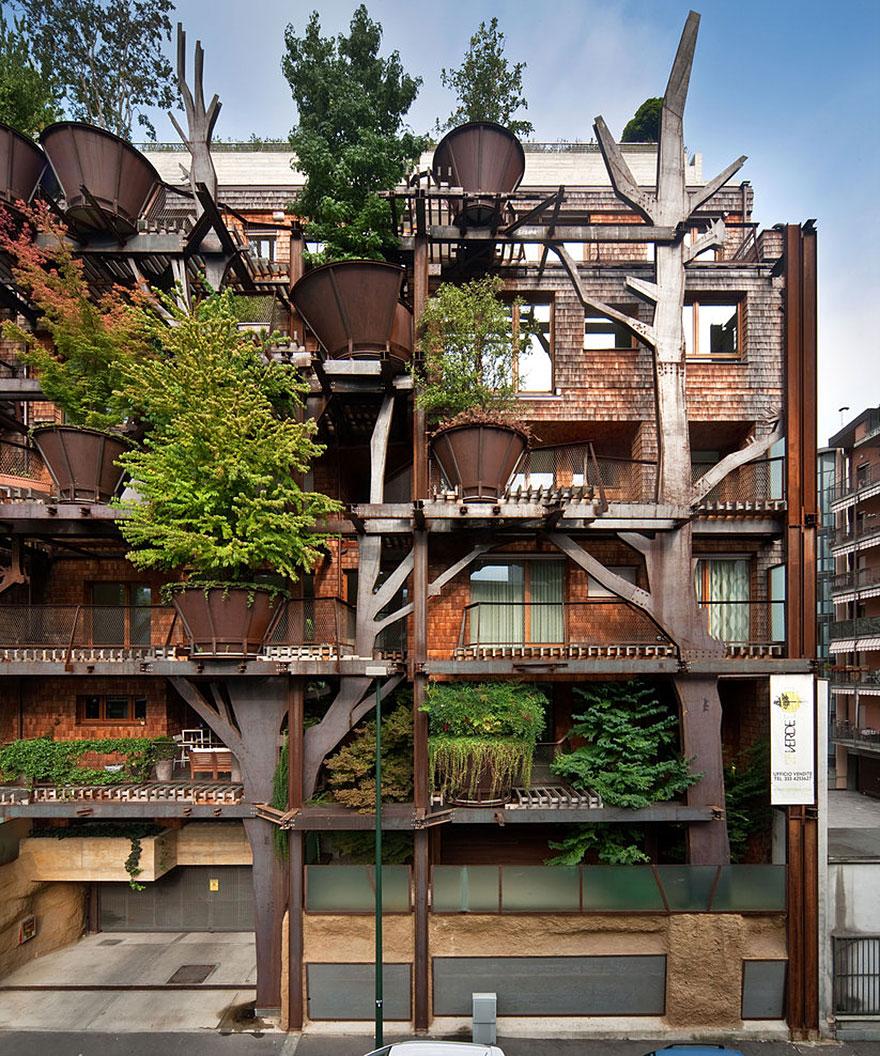 Un Palazzo Sugli Alberi Nel Cuore Di Torino Protegge Gli