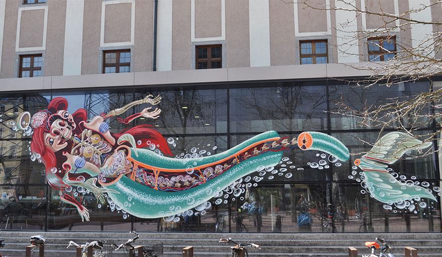 personaggi-cartoni-animali-sezionati-street-art-nychos-01