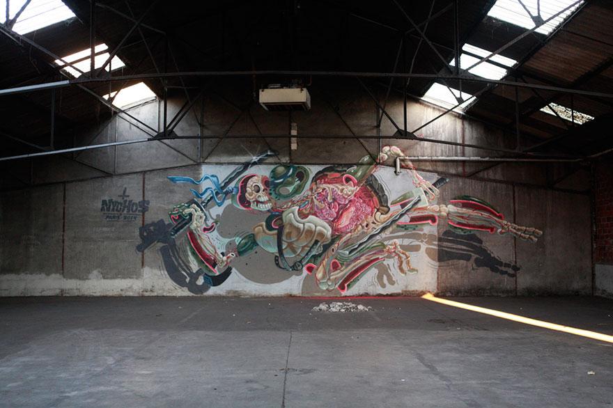 personaggi-cartoni-animali-sezionati-street-art-nychos-02