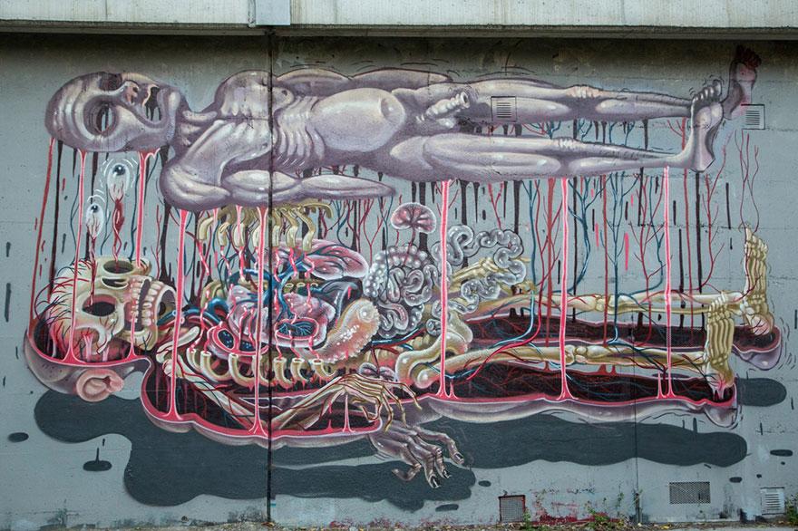 personaggi-cartoni-animali-sezionati-street-art-nychos-08