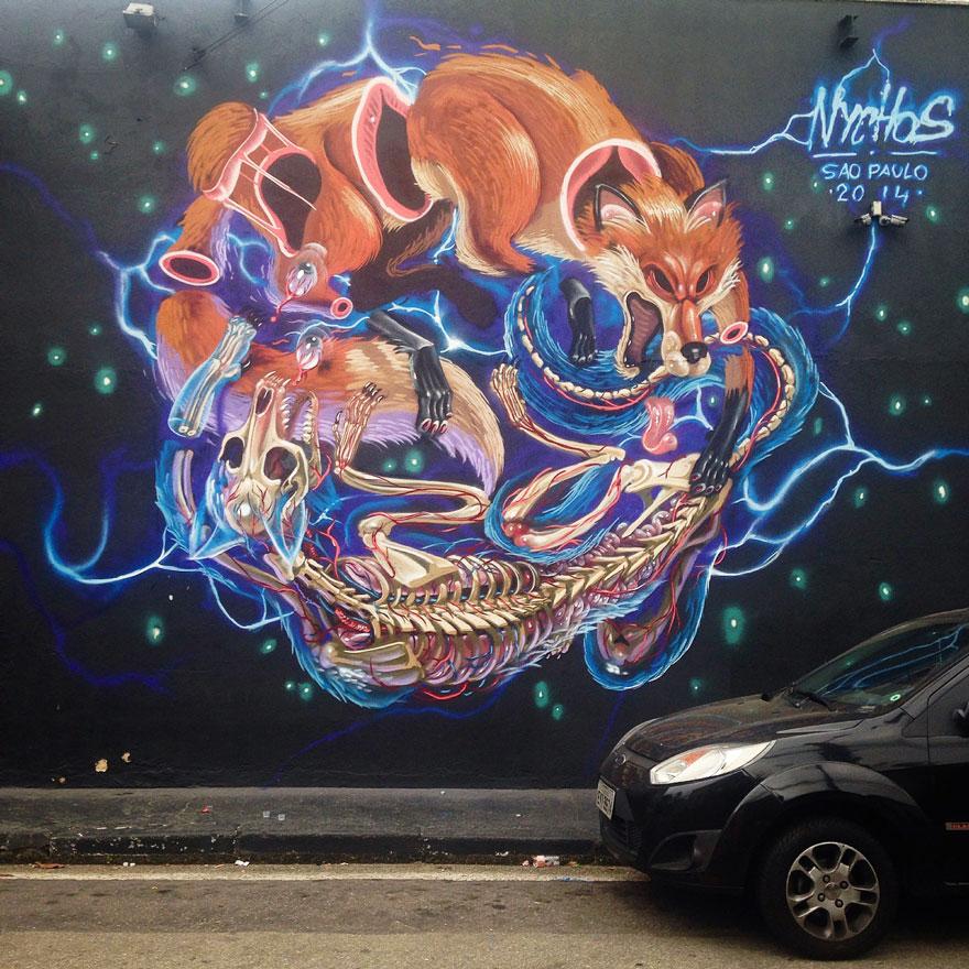 personaggi-cartoni-animali-sezionati-street-art-nychos-09