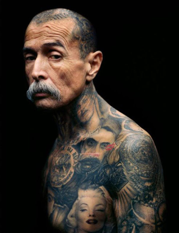 persone-anziane-tatuaggi-01
