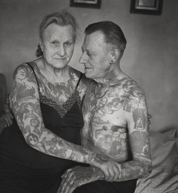 persone-anziane-tatuaggi-21