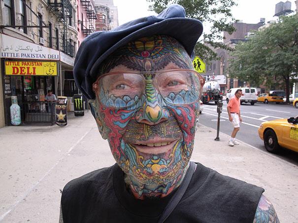 persone-anziane-tatuaggi-29