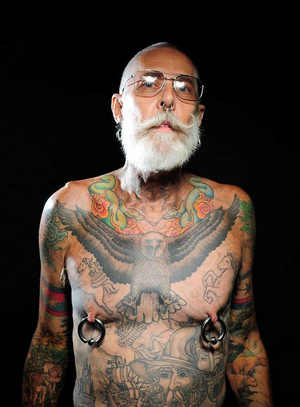 persone-anziane-tatuaggi-31
