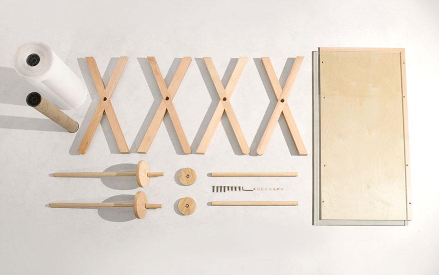 scrivania-tavolo-rotolo-carta-appunti-3