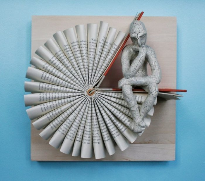 sculture-carta-pagine-libri-pensatore-Kenjio-06