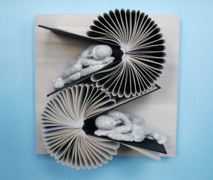 sculture-carta-pagine-libri-pensatore-Kenjio-09