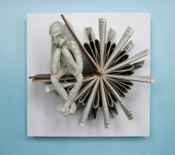 sculture-carta-pagine-libri-pensatore-Kenjio-10