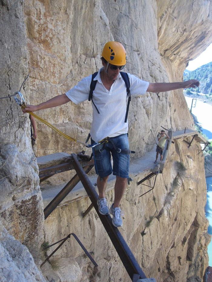 sentiero-percorso-cammino-pericoloso-mortale-del-mondo-el-caminito-del-rey-02