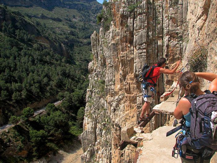 sentiero-percorso-cammino-pericoloso-mortale-del-mondo-el-caminito-del-rey-04