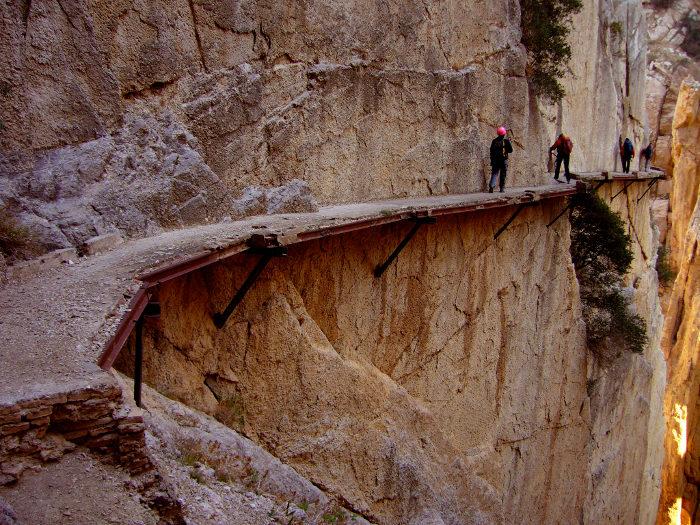 sentiero-percorso-cammino-pericoloso-mortale-del-mondo-el-caminito-del-rey-05