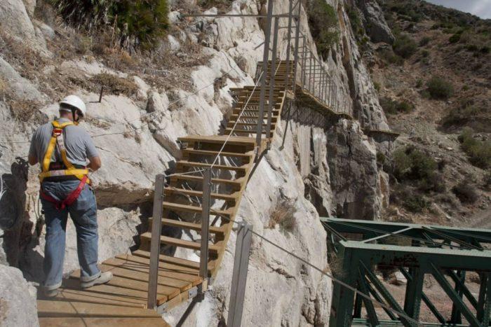 sentiero-percorso-cammino-pericoloso-mortale-del-mondo-el-caminito-del-rey-06