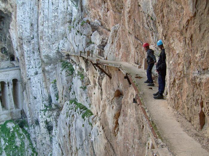 sentiero-percorso-cammino-pericoloso-mortale-del-mondo-el-caminito-del-rey-07