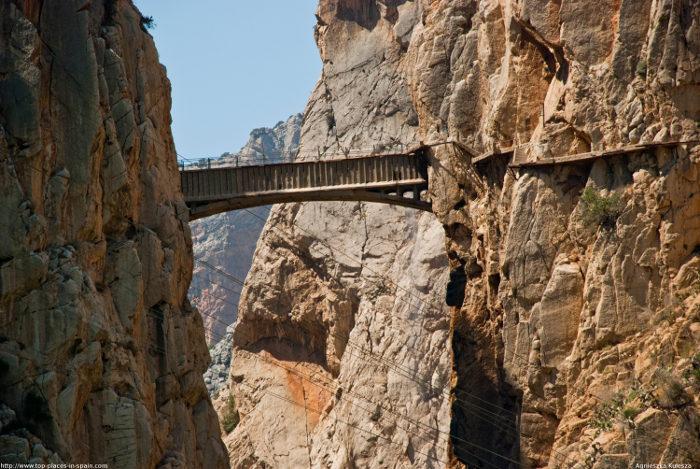 sentiero-percorso-cammino-pericoloso-mortale-del-mondo-el-caminito-del-rey-08