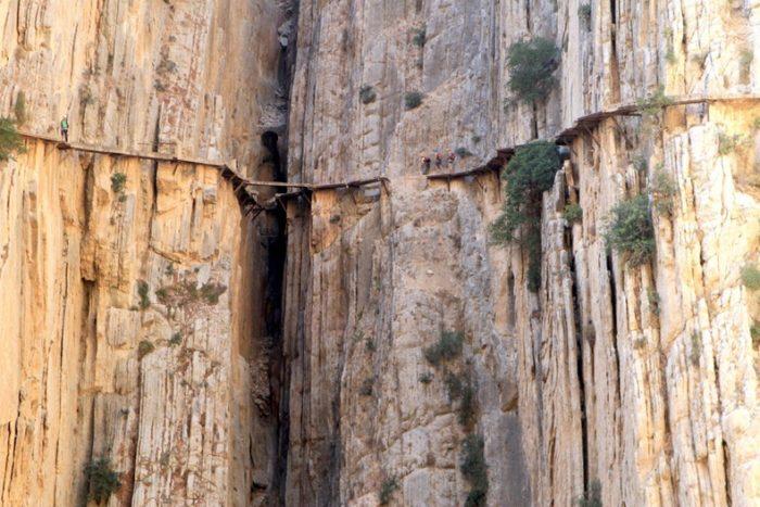 sentiero-percorso-cammino-pericoloso-mortale-del-mondo-el-caminito-del-rey-09