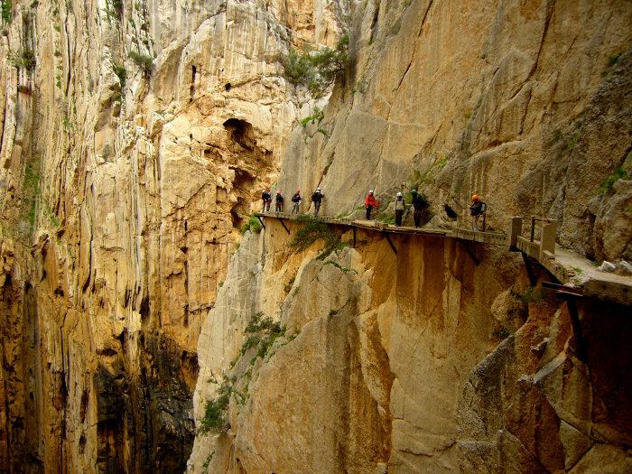 sentiero-percorso-cammino-pericoloso-mortale-del-mondo-el-caminito-del-rey-11