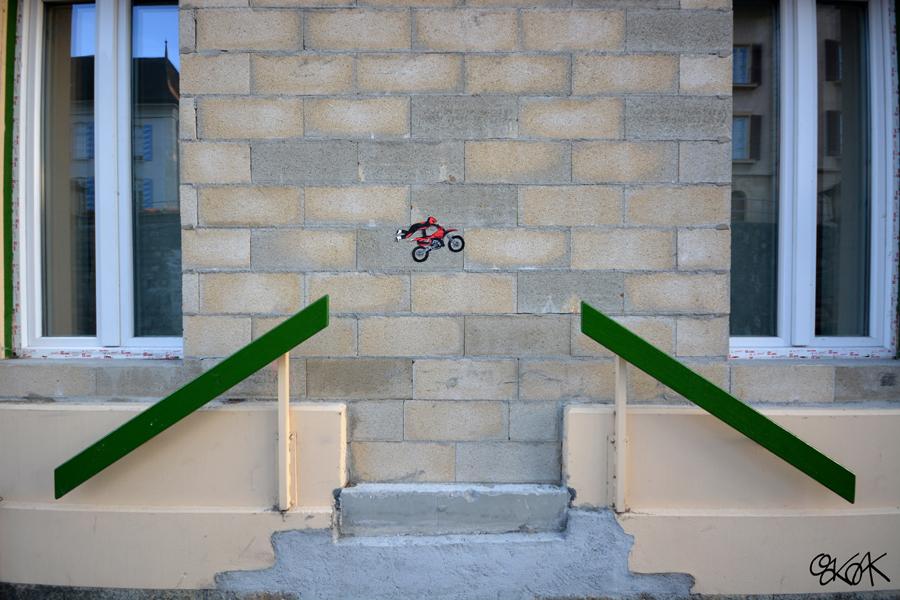 street-art-tributo-simpson-oakoak-22