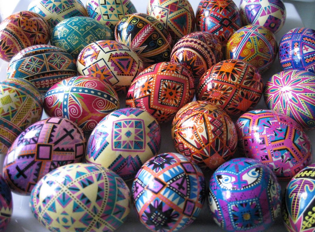 Le uova di pasqua dipinte a mano di ukrainian easter eggs keblog - Uova di pasqua decorati a mano ...