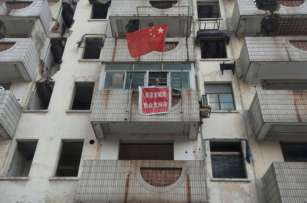 case-chiodo-cina-demolizione-esproprio-proteste-proprietari-04