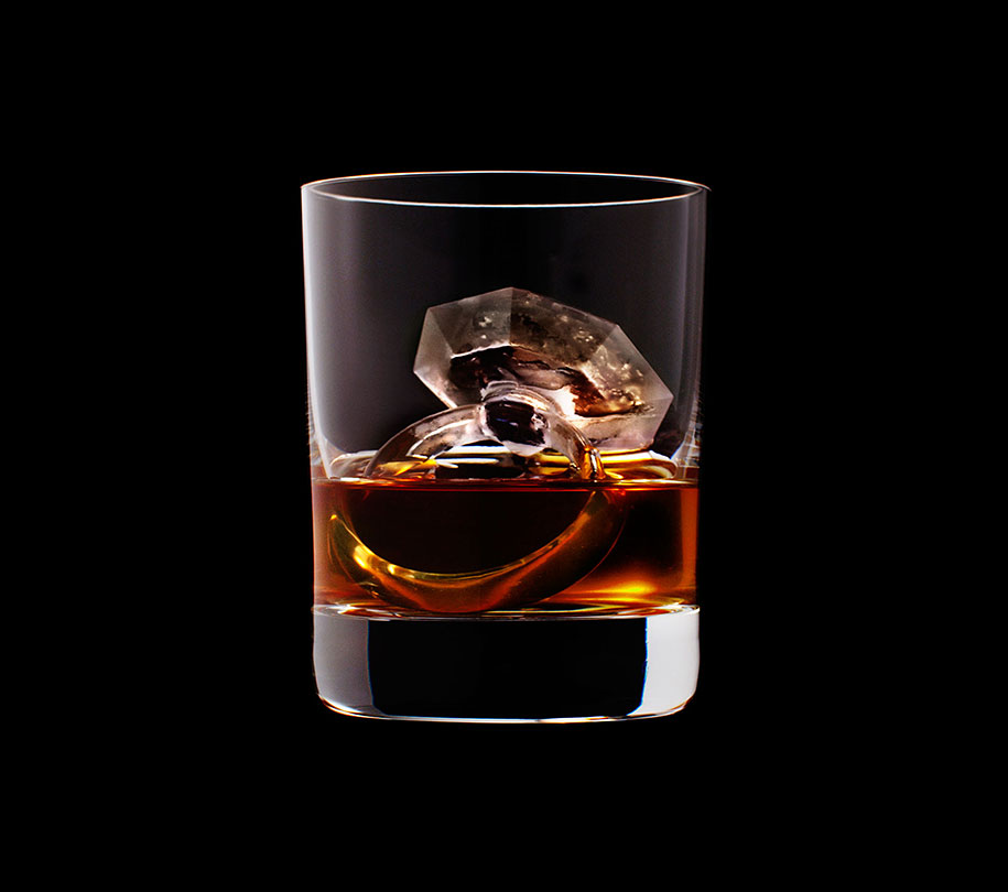 cubetti-ghiaccio-scolpiti-forme-3d-wiskey-suntory-09