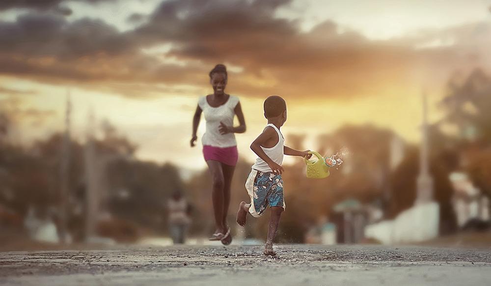 foto-bambini-che-giocano-giamaica-Adrian-McDonald-13