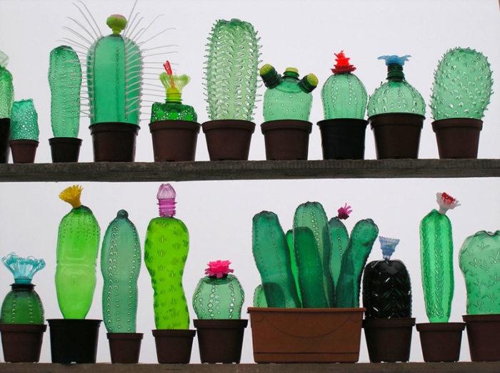 piante-sculture-bottiglie-plastica-pet-riciclate-Veronika-Richterová-01