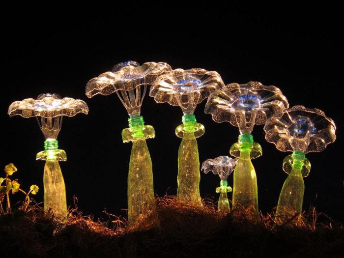 piante-sculture-bottiglie-plastica-pet-riciclate-Veronika-Richterová-04