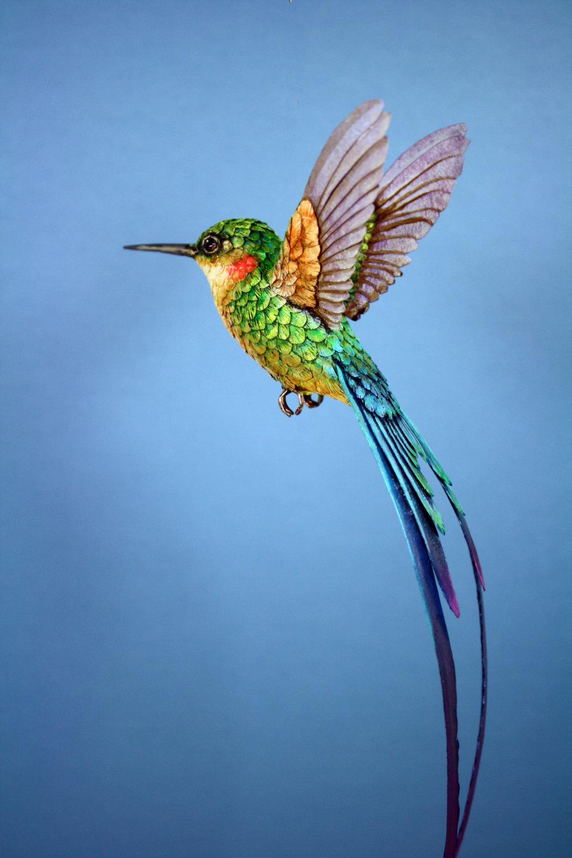 sculture-uccelli-finti-realistici-carta-Zack-Mclaughlin-10